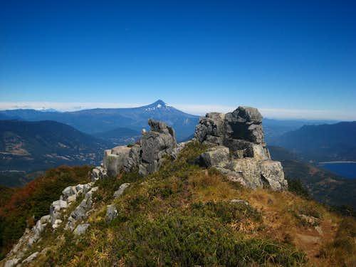 On the summit ridge to San Sebastian