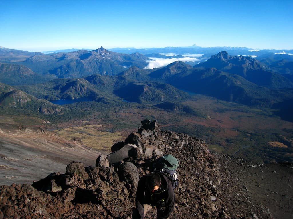 Scrambling the ridge on the Chilean side of Lanin