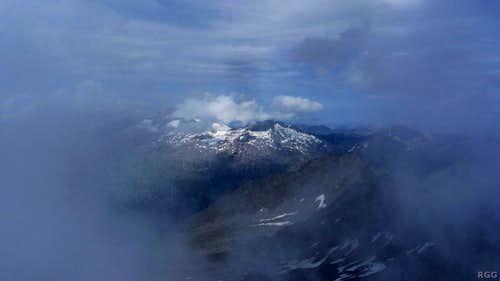 A fleeting summit view