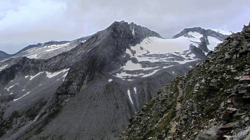 Niederer and Hoher Weißzint from high on the Napfspitz
