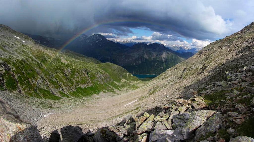 Rainbow over the Pfeifholder Valley