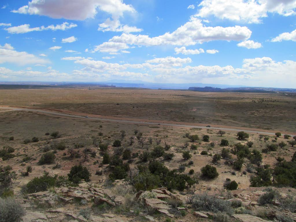 Canyonlands and Abajos from the Knoll