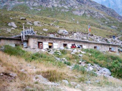 The Refuge de Temple Ecrins