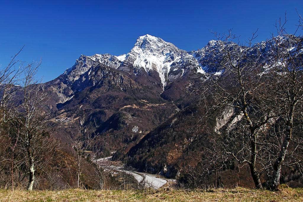 Monte Sernio from the SW