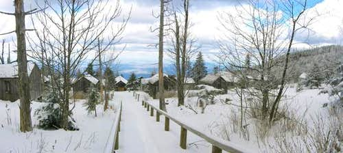 The LeConte Lodge complex,...