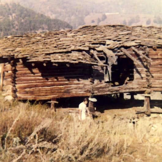 Aosta / 4a Chamerod Village old wooden