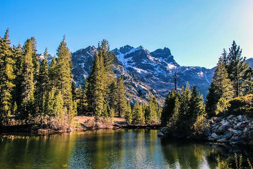 Sierra Buttes from Upper Sardine Lake