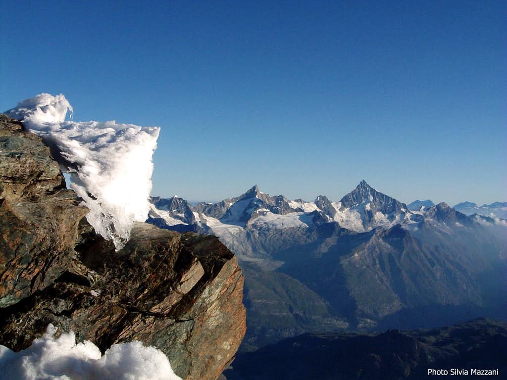 Zinalrothorn and Weisshorn from E Breithorn