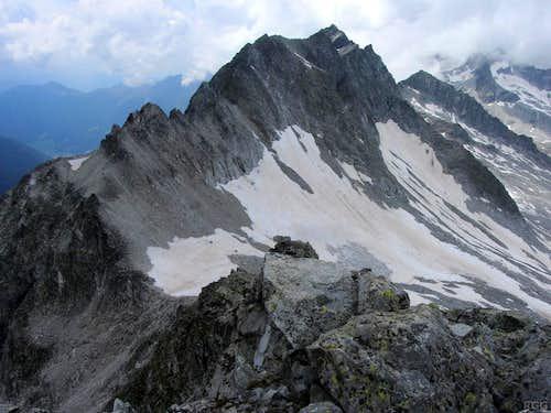 Große Ohrenspitze (3101m) east ridge from Almerhorn