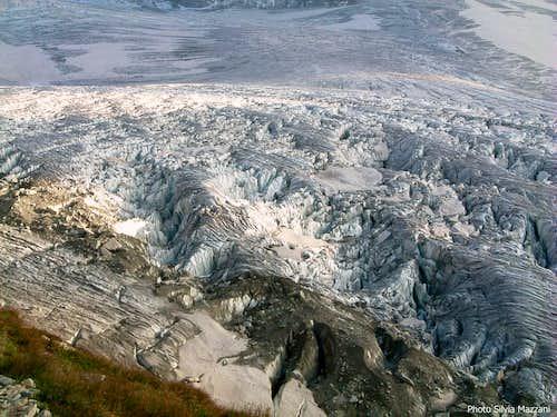 Crevasses on Glacier du Tour seen from Albert I shelter