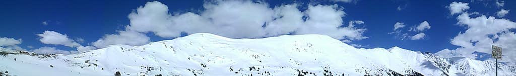 panoramic shot of 'cupid', Grizzly Peak, and Lenawee Mountain