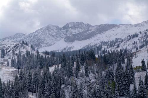 early season snowfall on Devil's Castle
