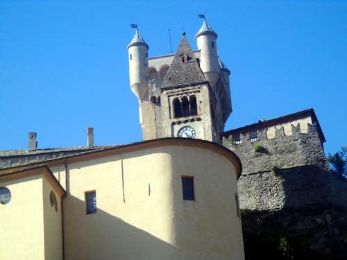 Trip around Castles Saint Pierre & stonewalls 2015