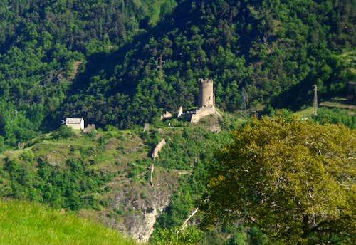 One-week trip around Castles Châtel d'Argent 2015
