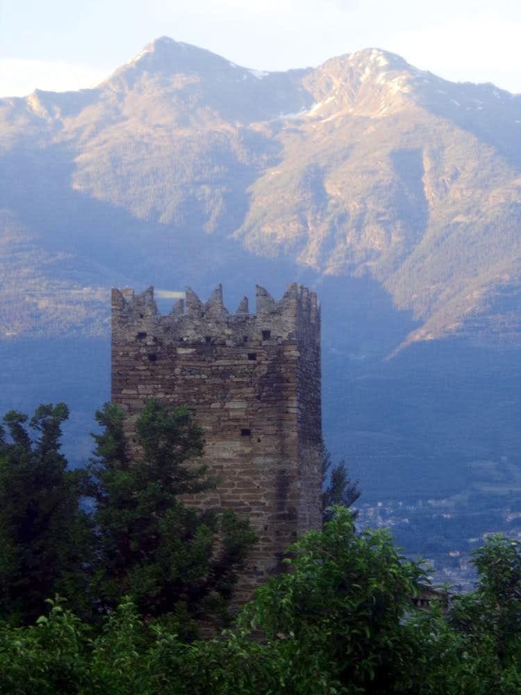 One-week trip around Castles Gressan Tower 2015