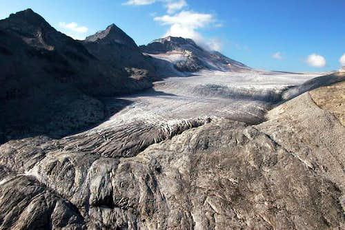 The Mandrone glacier effluence.