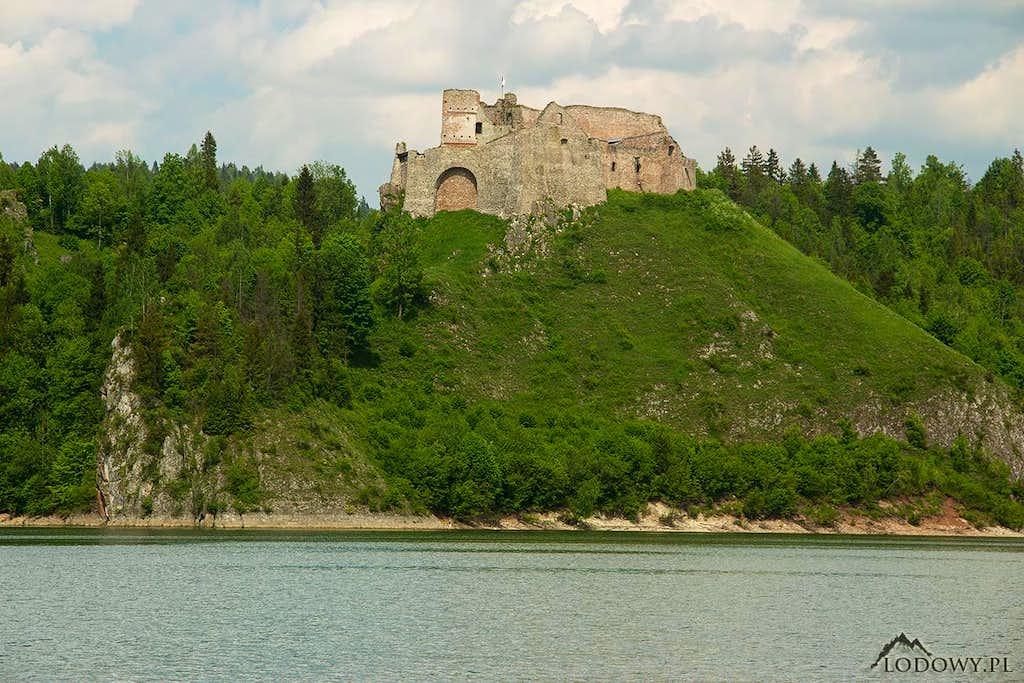 Czorsztyn castle hill