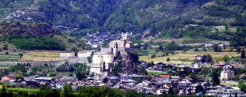 1 week ... St: Pierre Savoy Castle by Aymavilles 2015