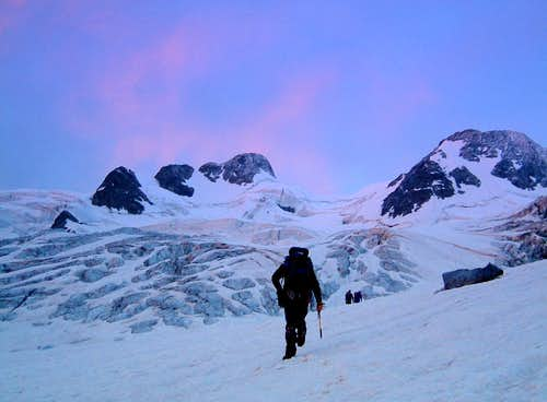 Piz Gluschaint, dawn on the glacier