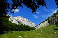 Valle Macchia Lunga and escarpment