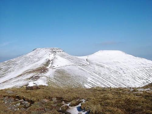 Corn Du (left) and Pen y Fan...
