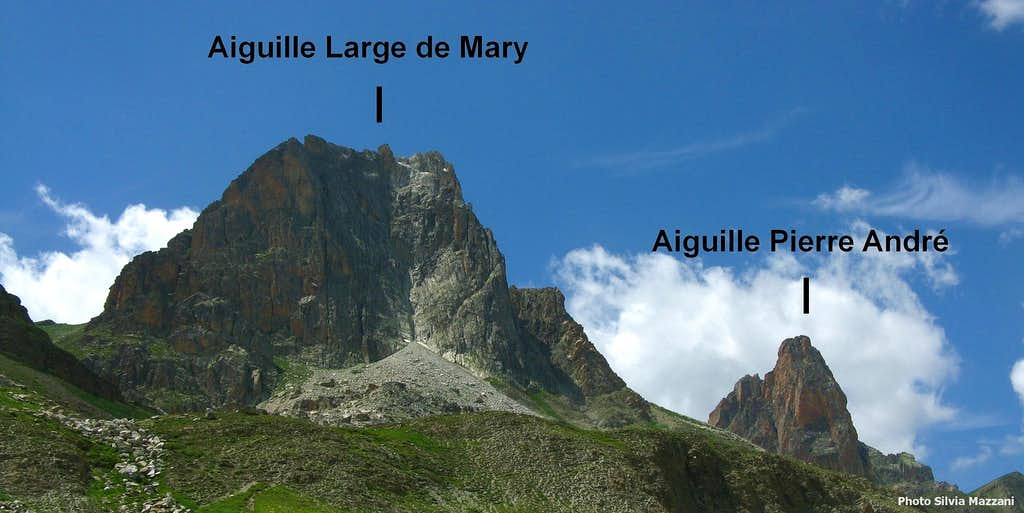 Aiguille Pierre Andrè and Aiguille Large de Mary annotated pano