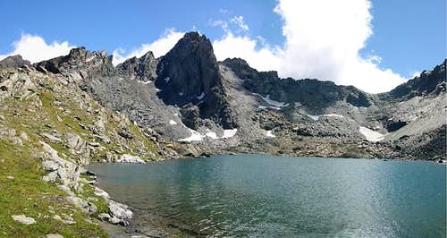 Gran Paradiso GROUP: on the shore <br> of the widest Miserino lake <i> 2672m</I>