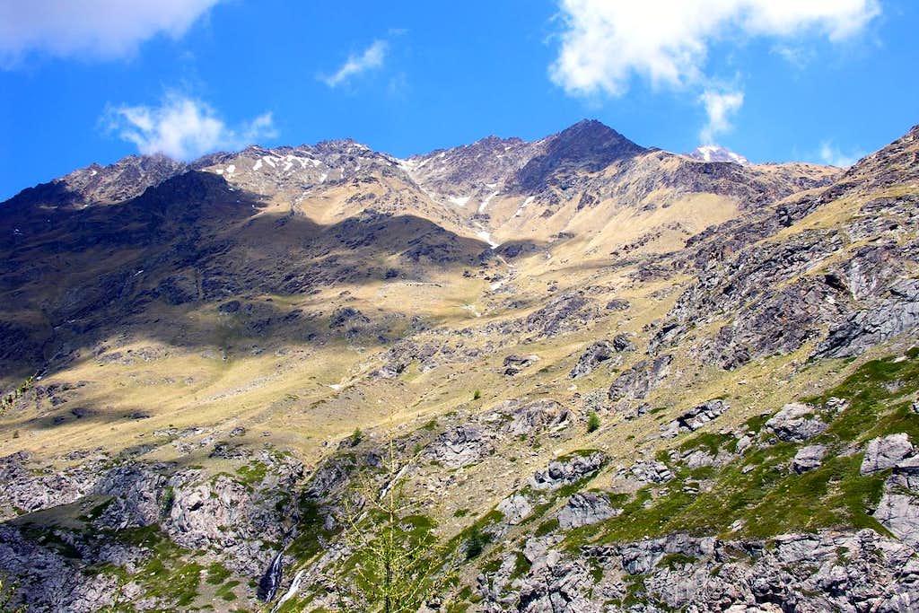Punta Fiorito or Pointe Fleurie above Cotes Fleurie 2005