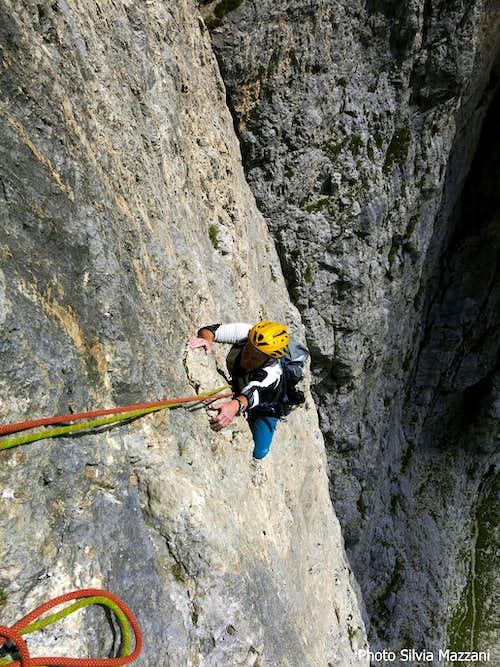 Exciting climb on Delenda Carthago sixth pitch