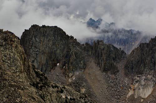 Kearsarge Pinnacles and Deerhorn Mountain