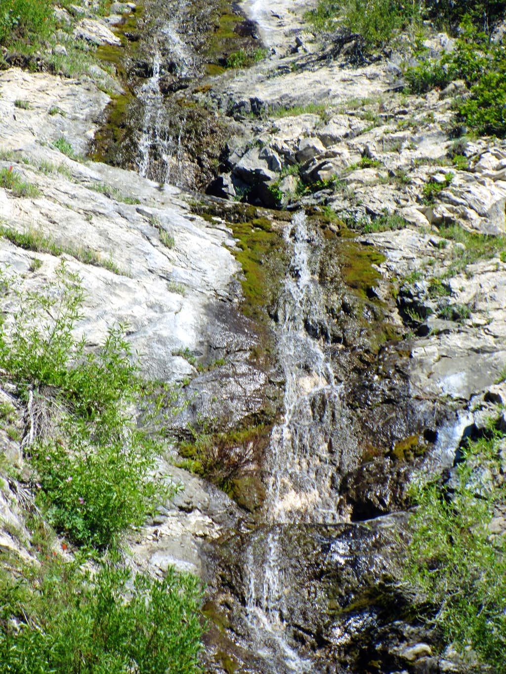 Deer Creek Waterfall