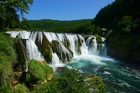 Una river waterfalls