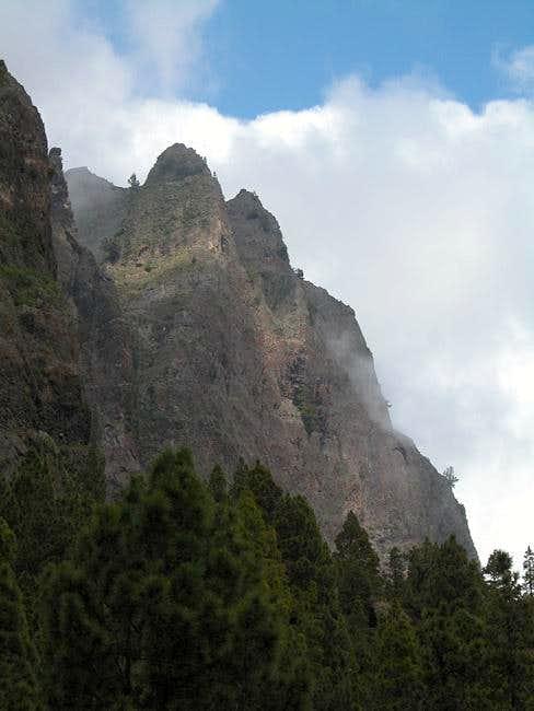 Morro del Estrabito (1999m)....