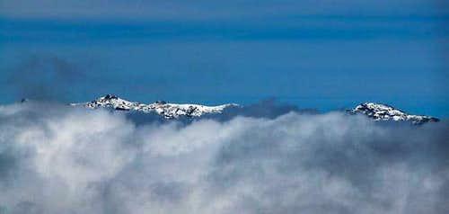 Pico de la Cruz and Pico de...