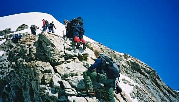 Rock Scramble on SE Ridge -...