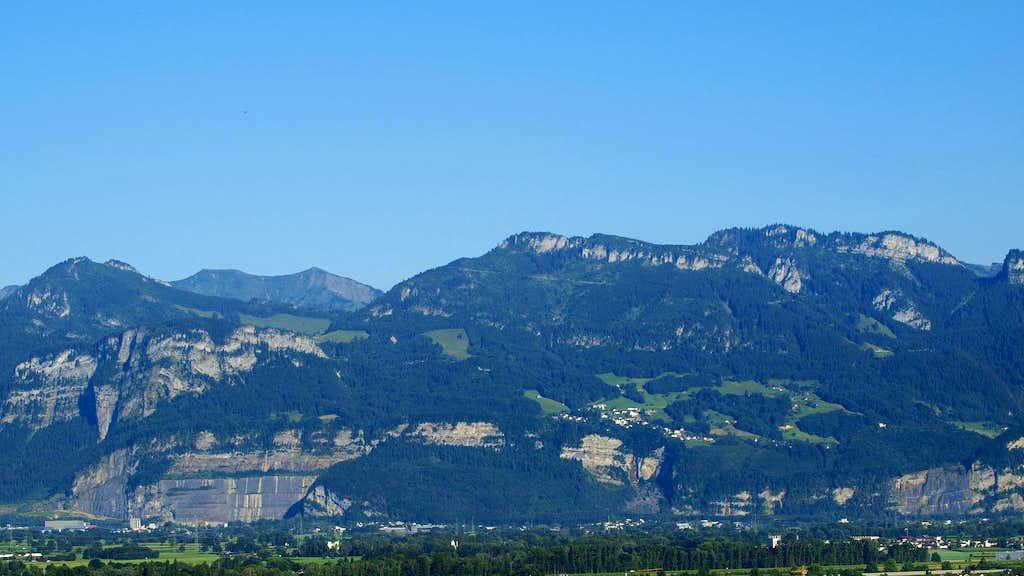 Leuenkopf and Moerzelspitze from Rosenberg