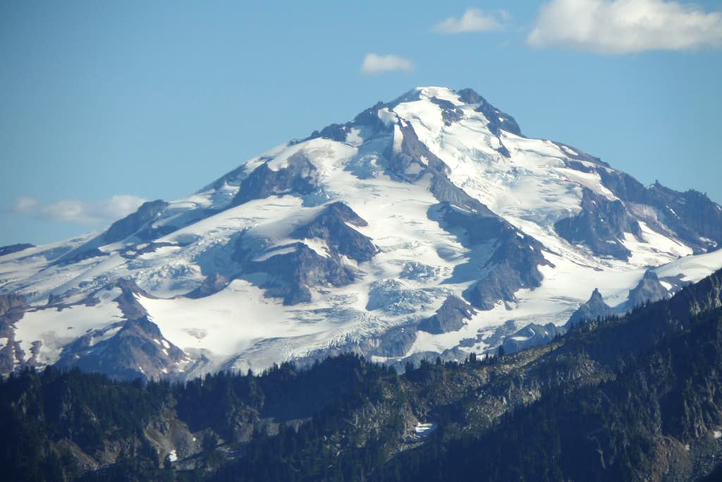 Glacier Peak Appears