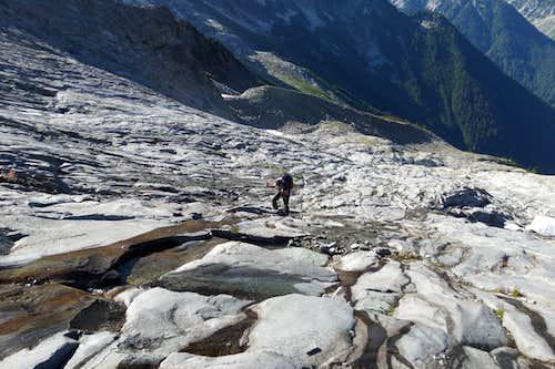 Traverse to Dome Glacier