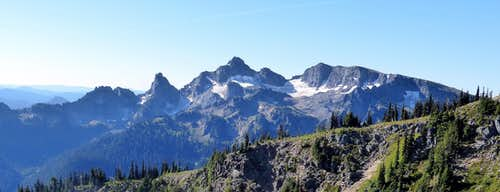 Cowlitz Chimneys and Banshee Peak