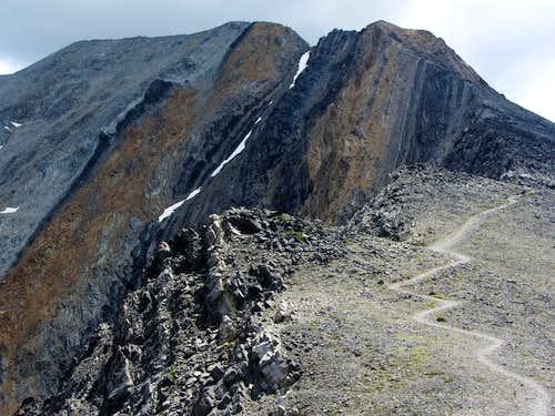 Trail below Chicken-Out Ridge