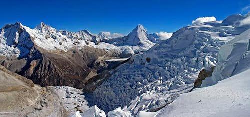 Climbing Pisco, (Alpamayo on...