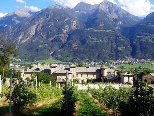 Aosta Town / B-bis St. Christophe Castle & Emilius 2015