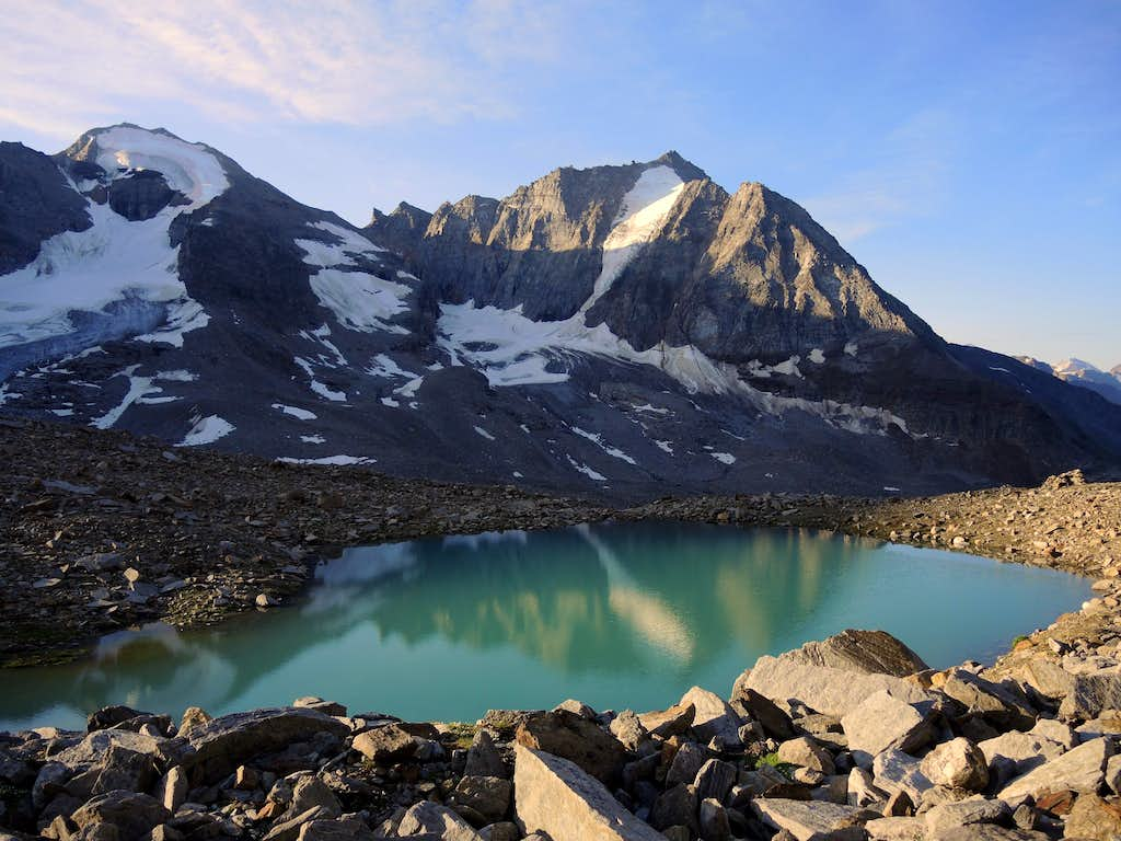 Angelo Grande and Vertana from Zai little lakes