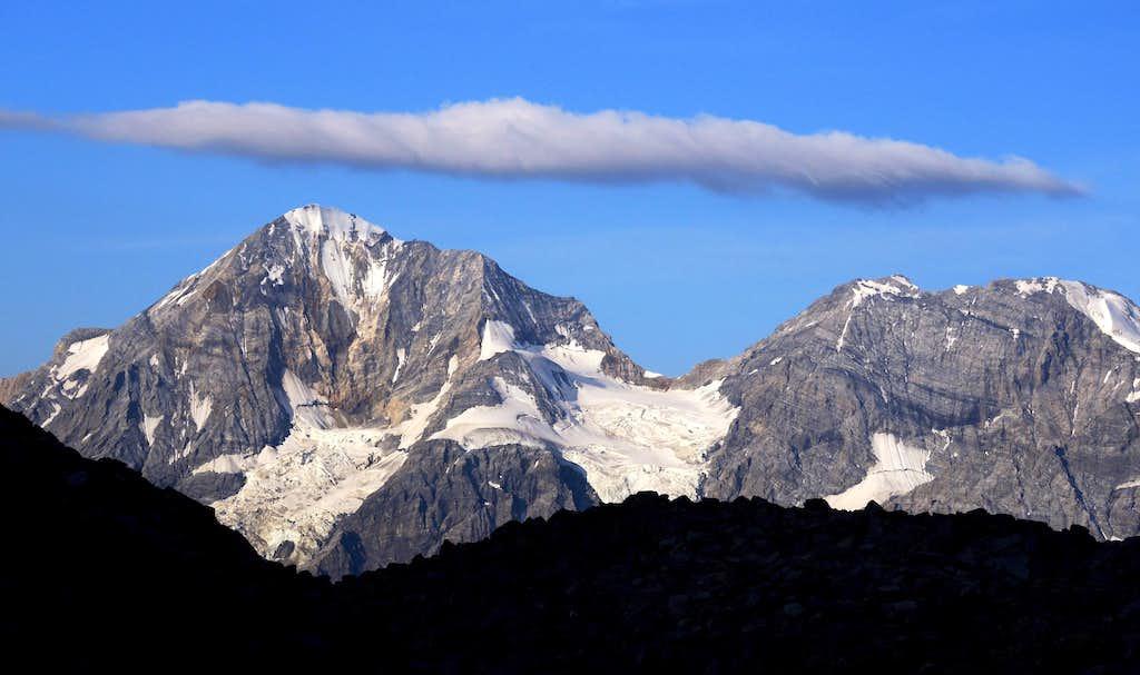 Thin cloud over Gran Zebrù and Monte Zebrù