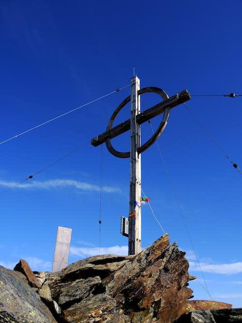 Croda di Cengles summit cross