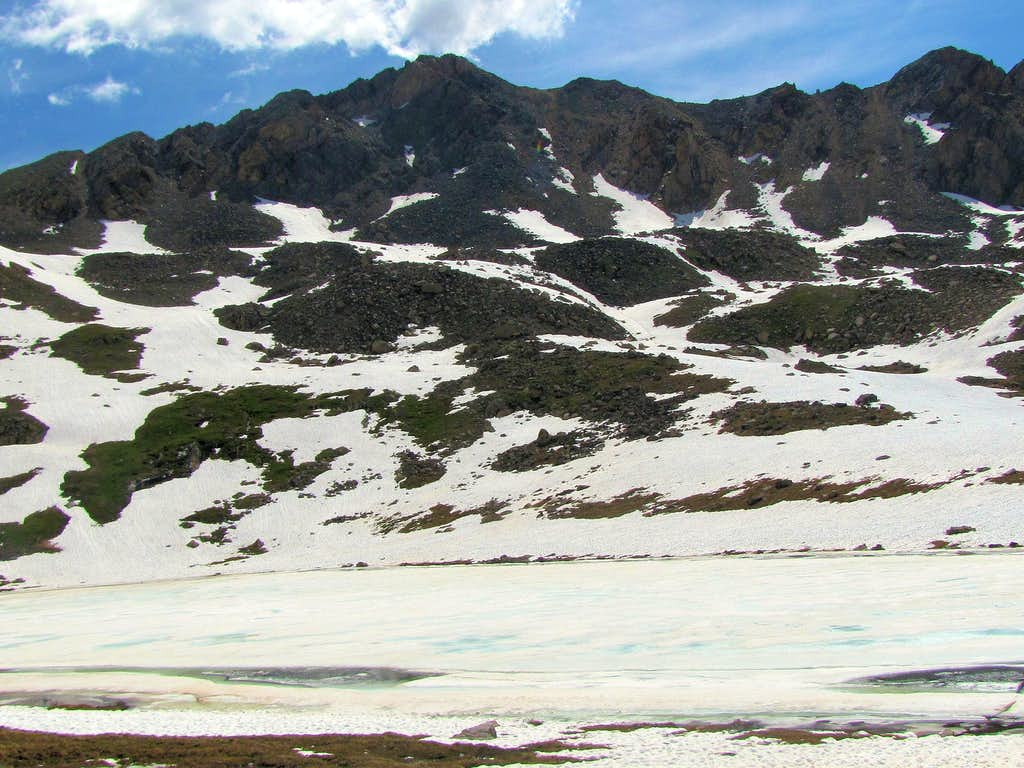 Independence Lake & Twining Peak North 13545 ft
