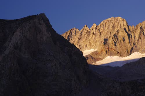 morning light on Middle Palisade