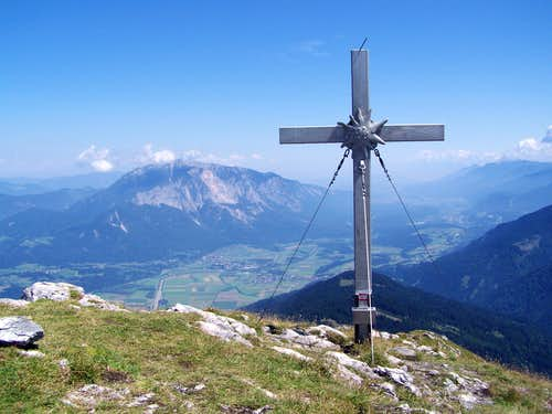 View of the Villach Alps from the peak of Oisternig