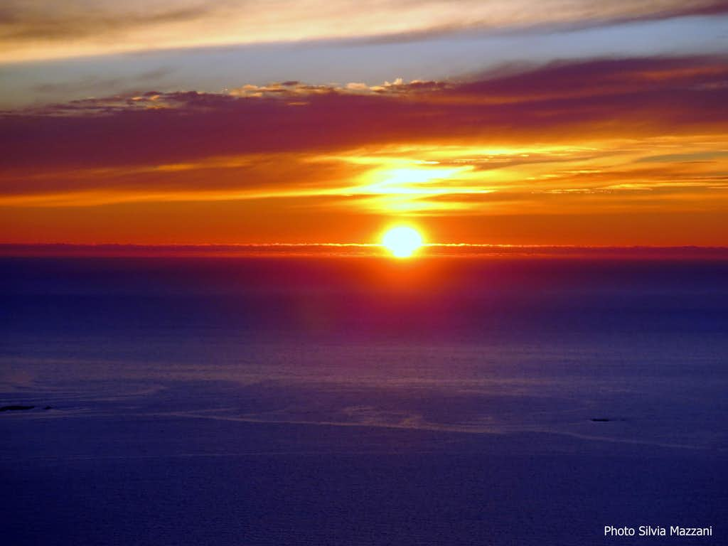 Sun near disappearing - Photo taken on August 4th, summit of Hoven