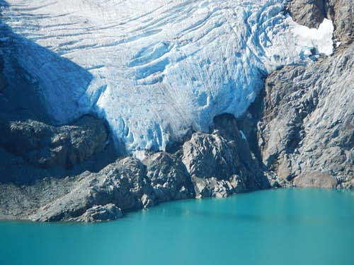 Lynch Glacier above Pea Soup Lake